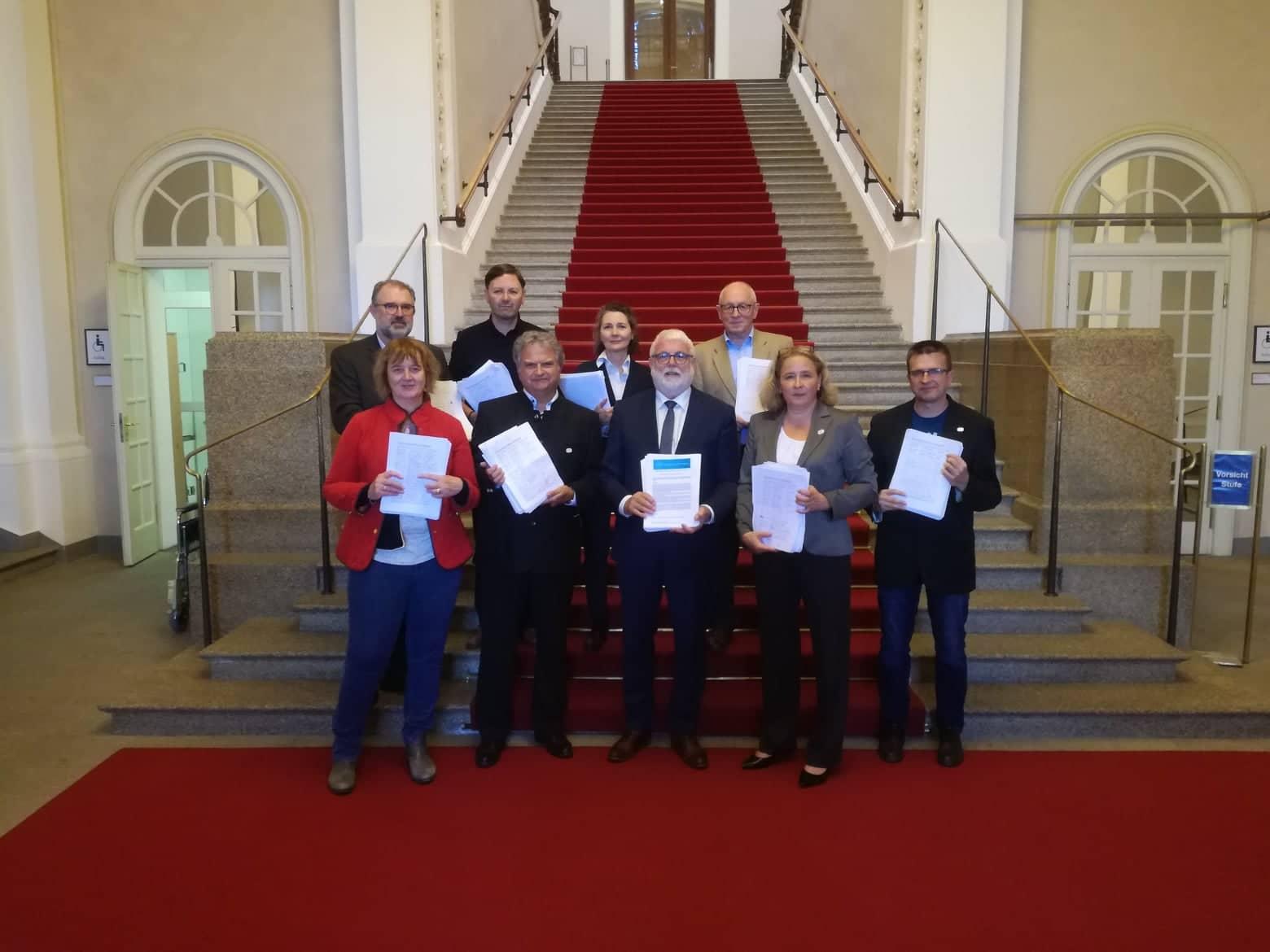 Petition Landtag.jpg